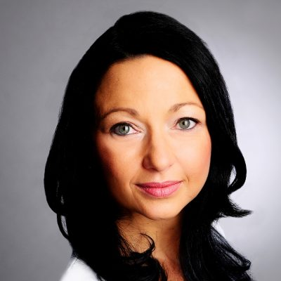 Zahnärztin Susanne Hüttner